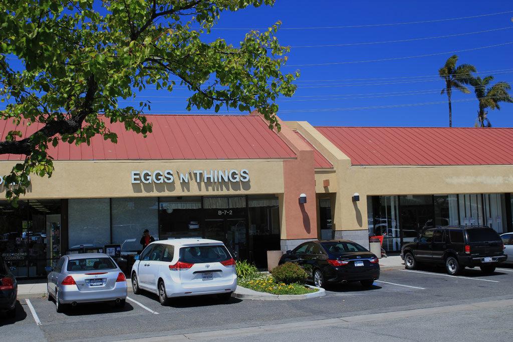Ventura eggs n things restaurant store front